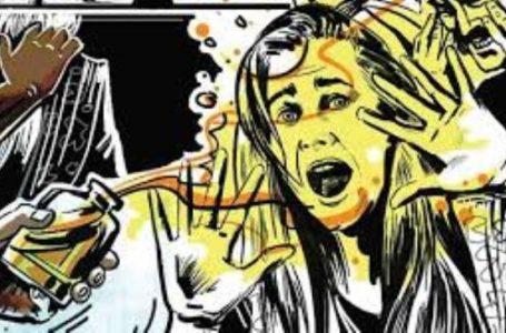 घर घुसे बदमाशो ने नवालिक के साथ सामूहिक बलात्कार करने का किया प्रयास ' विरोध करने पर तेजाब से नहला कर भाग गए'
