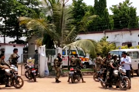 नक्सली मुठभेड़ में बीएसएफ के चार जवान शहीद, असिस्टेंट कमांडेंट और इंस्पेक्टर घायल