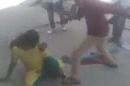 झारखंड – रोते बच्चे को चुप कराना महिला को पड़ा भारी, भीड़ ने बच्चा चोर समझकर की पिटाई