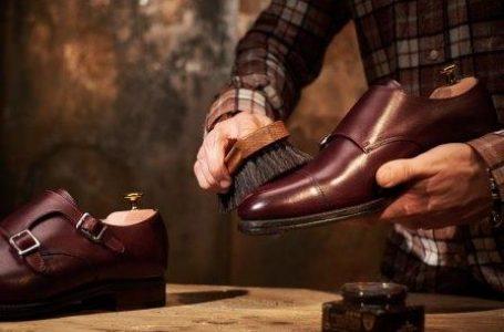 चमड़े के जूते की देखभाल कैसे करें
