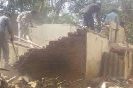 तेज बारिश के कारण मकान ढहा, एक व्यक्ति की मौत