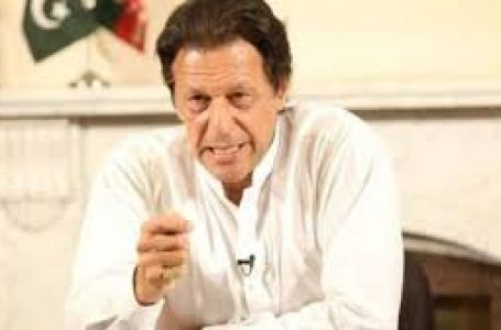 पाकिस्तान के प्रधानमंत्री इमरान ने परमाणु हमले की दी गीदड़ धमकी, कहा- कश्मीर पर हर हद तक जाएंगे
