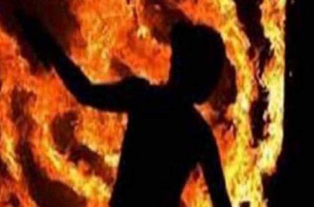 श्योपुर समाचार – मजदूरी न मिलने से परेशान युवक ने कैरोसिन डालकर दी जान ।
