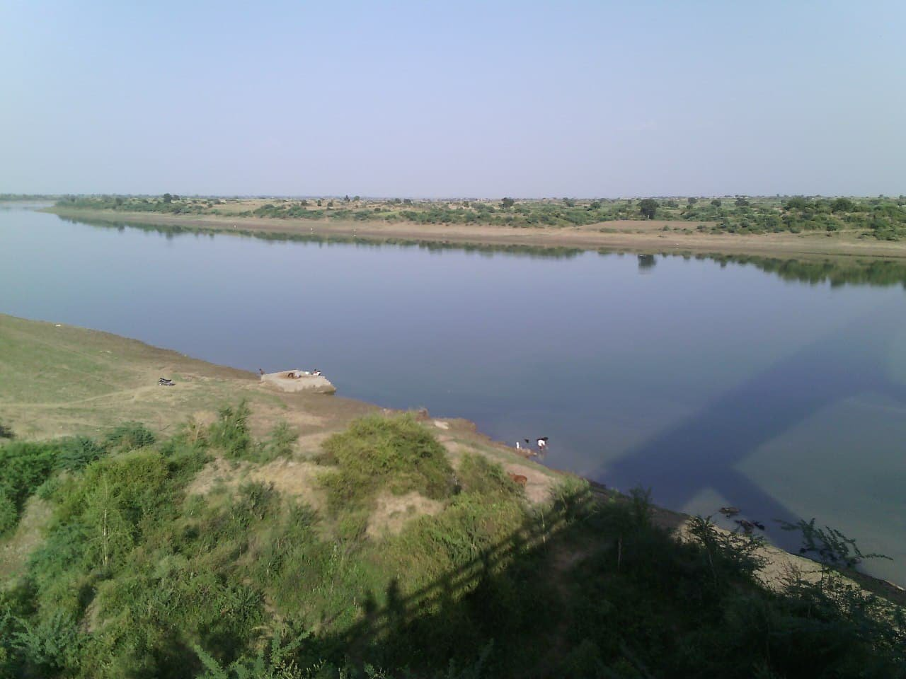 People waiting for boating in Transchambal, Chambal Safari scheme could not start even after nine years